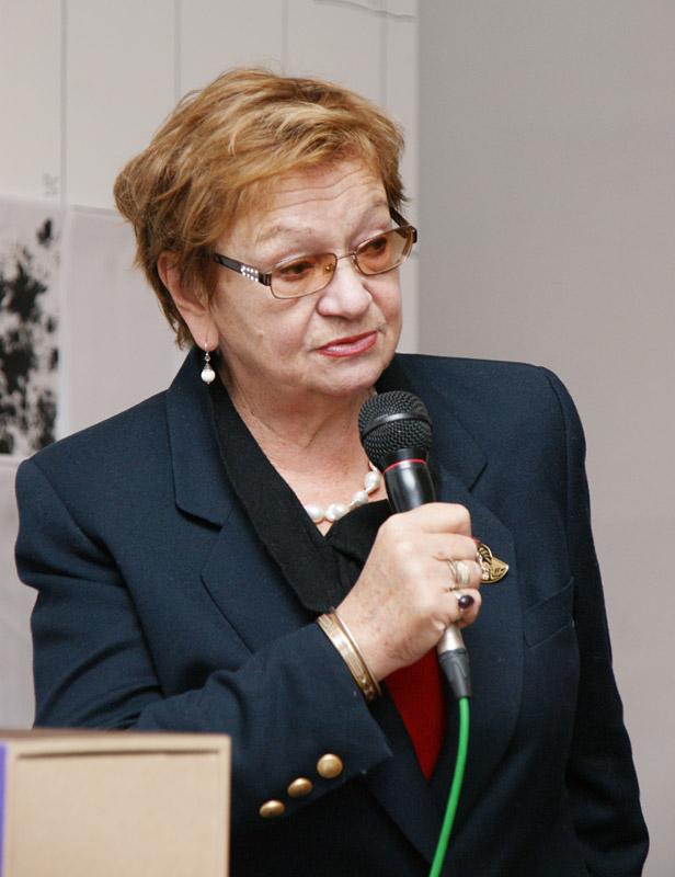 Нина ивановна попова директор музея